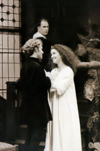 Deidre in I HATE HAMLET_HeatherCorwin