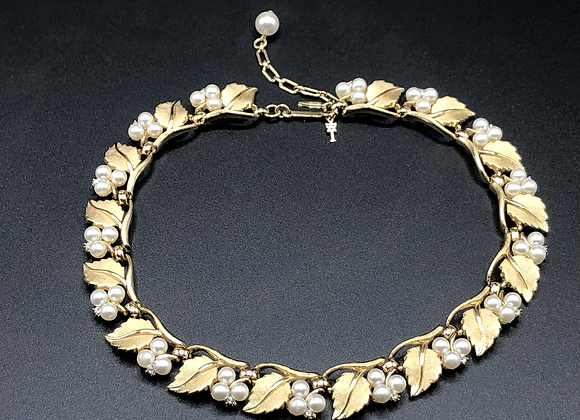 Vintage Trifari 1950's Necklace