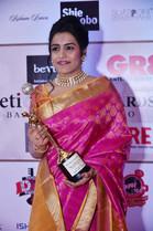 Falu wins Women Icons of India Award!