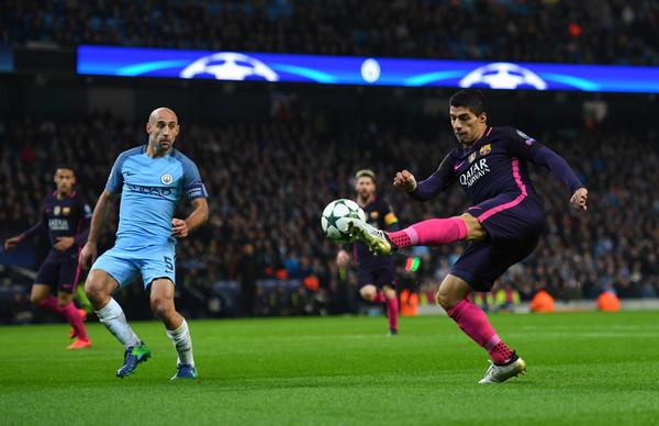 Luis+Suarez+Manchester+City+FC+v+FC+Barc