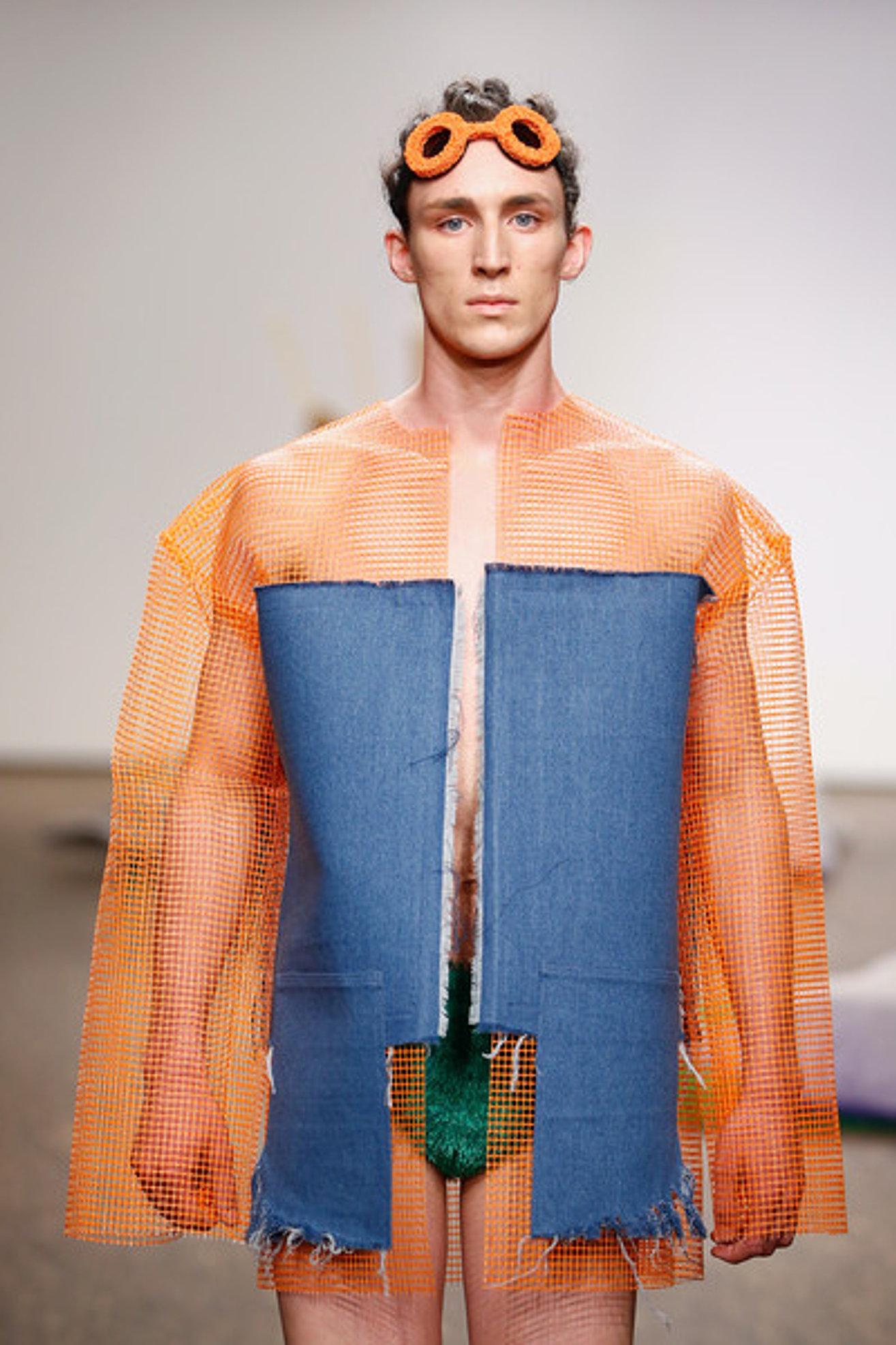 Fashion Week Internships 60