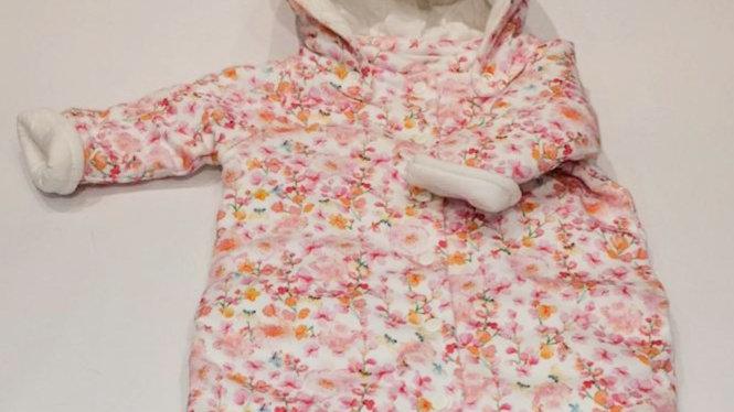 Macacão floral algodão acolchoado com capuz Bibe