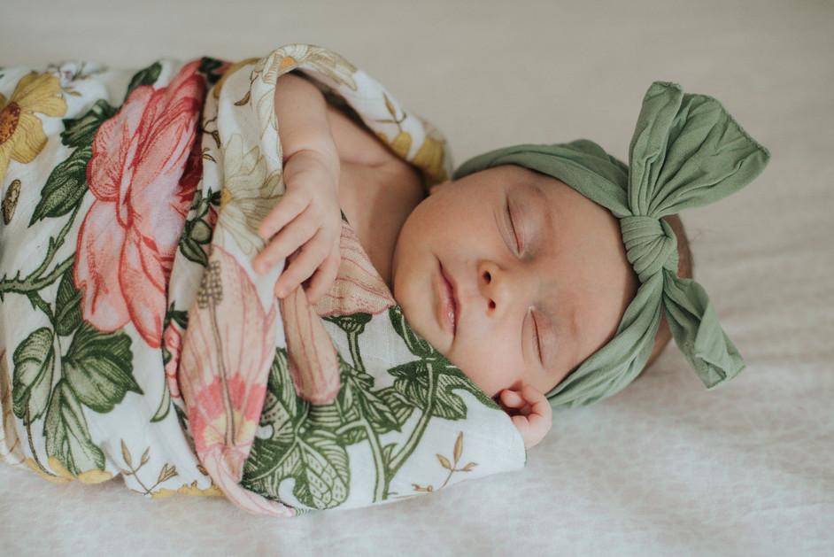 Simply-Love-Newborn-23.jpg