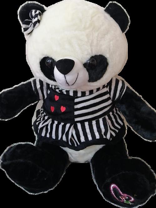 Osa Panda con vestido