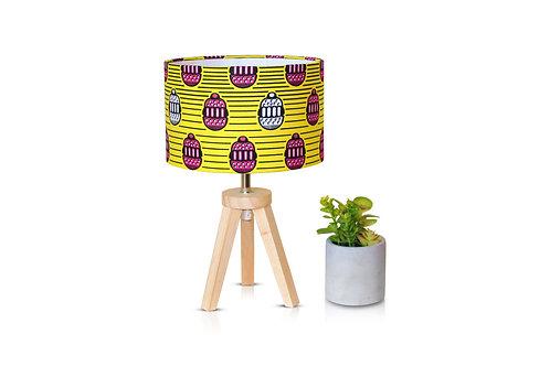 Lampe de chevet en bois avec abat-jour imprimé wax jaune - Yamine
