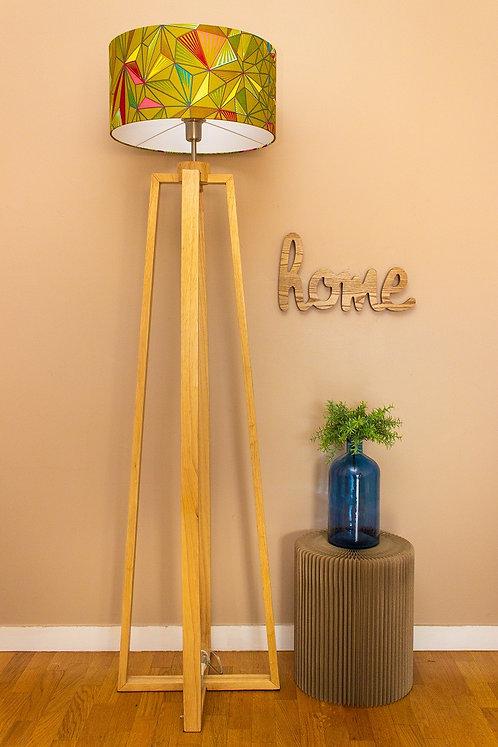 Lampadaire pied bois avec abat-jour cylindrique tissu wax  - Vert de Kurudi