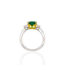 Noxy emerald diamond ring side white