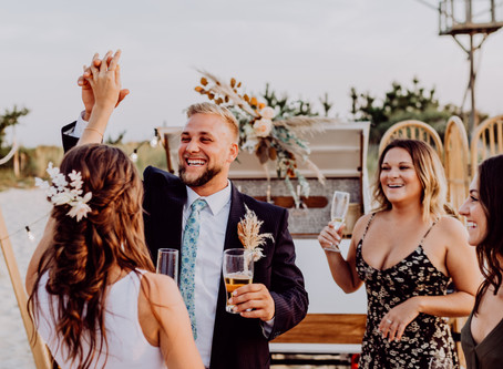 Trailer + Tap Collaborate with Local Delaware and Philly Vendors for a Beachy Bohemian Photo Shoot