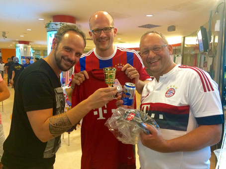 """Surprise win by FC Bayern München of """"DFB-Pokal"""" at Bundesliga Bowling in Singapore"""