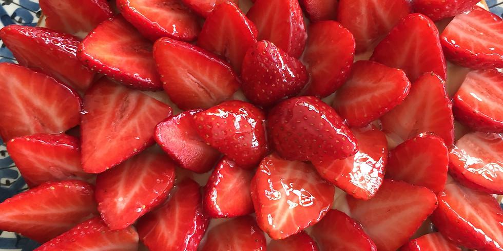 Tarte bretonne aux fraises en duo adulte-enfant