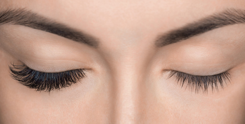 lash extensions on one eye