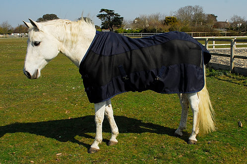 Imperial Lightweight Showerproof Turnout/Fly Rug