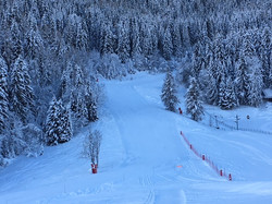 One of the slopes down into Le Praz