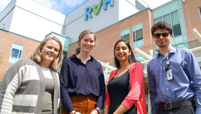 RVH student award winners head back to school after immersive summer research experience
