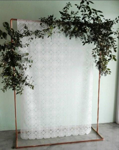 MD099 White Vinyl Lace Backdrop