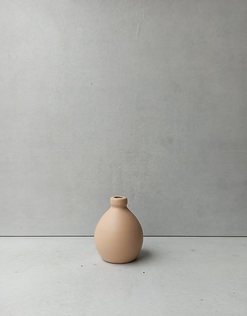 MD028c - Light terracotta bud vase