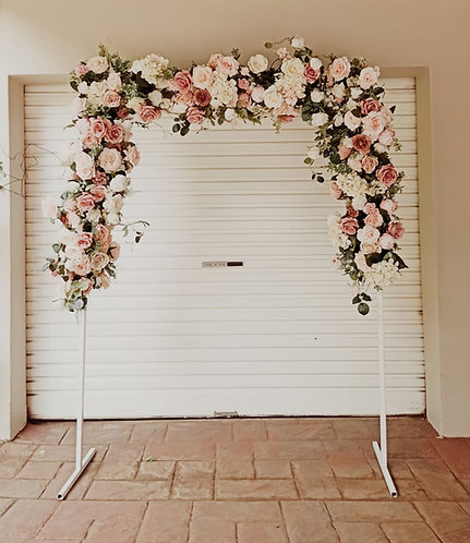MD025c - DIY White Arch with 3 garlands