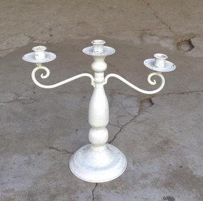 MD044-  Cream/white metal candelabra