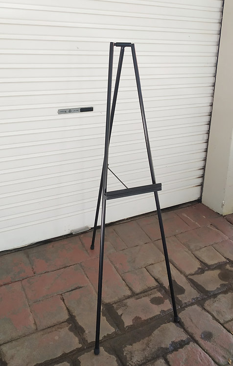 MD061b - Modern Black Easel