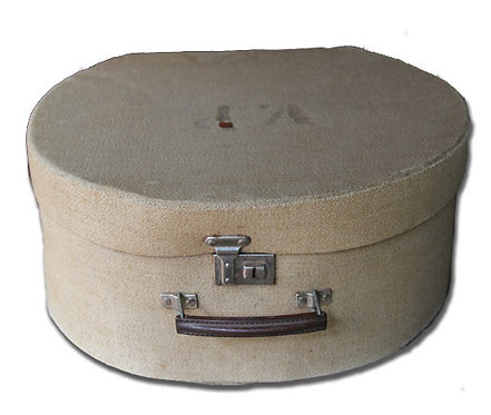 MD086 - Beige Fabric Hatbox