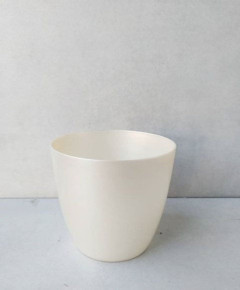MD022 - Ivory Pearlescent Planter