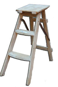 MD064 - Small Shabby Chic Ladder