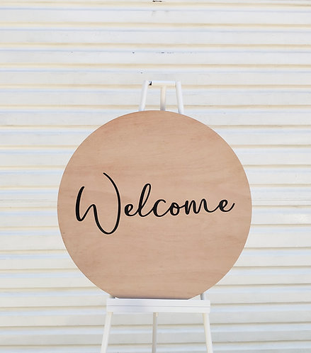 MD062a - Wooden Welcome Circle
