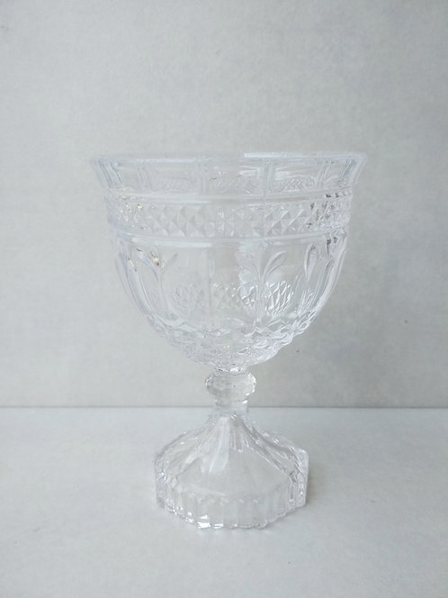 MD030c - Glass Foot Compote