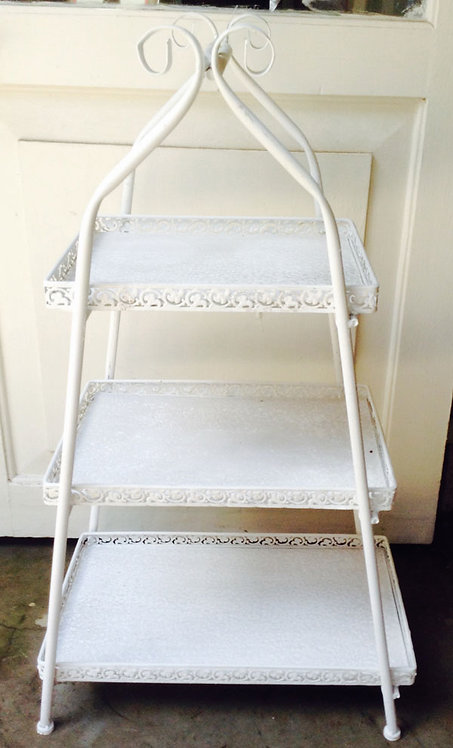 MD052 - White 3 Tiered Stand