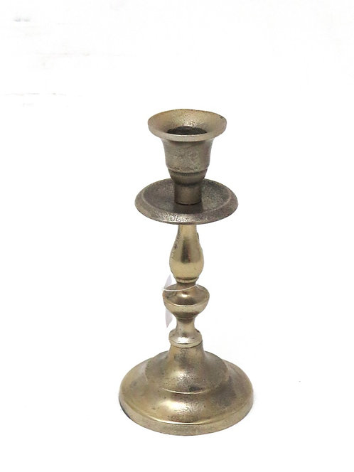 MD046a - White Gold Candlestick S