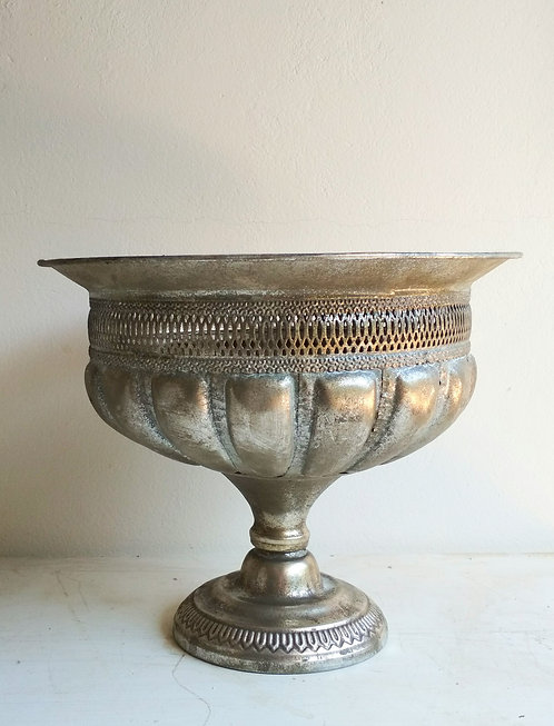 MD039a -  Matt Silver Compote Large