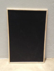 MD060i - Chalkboard with thin wooden frame