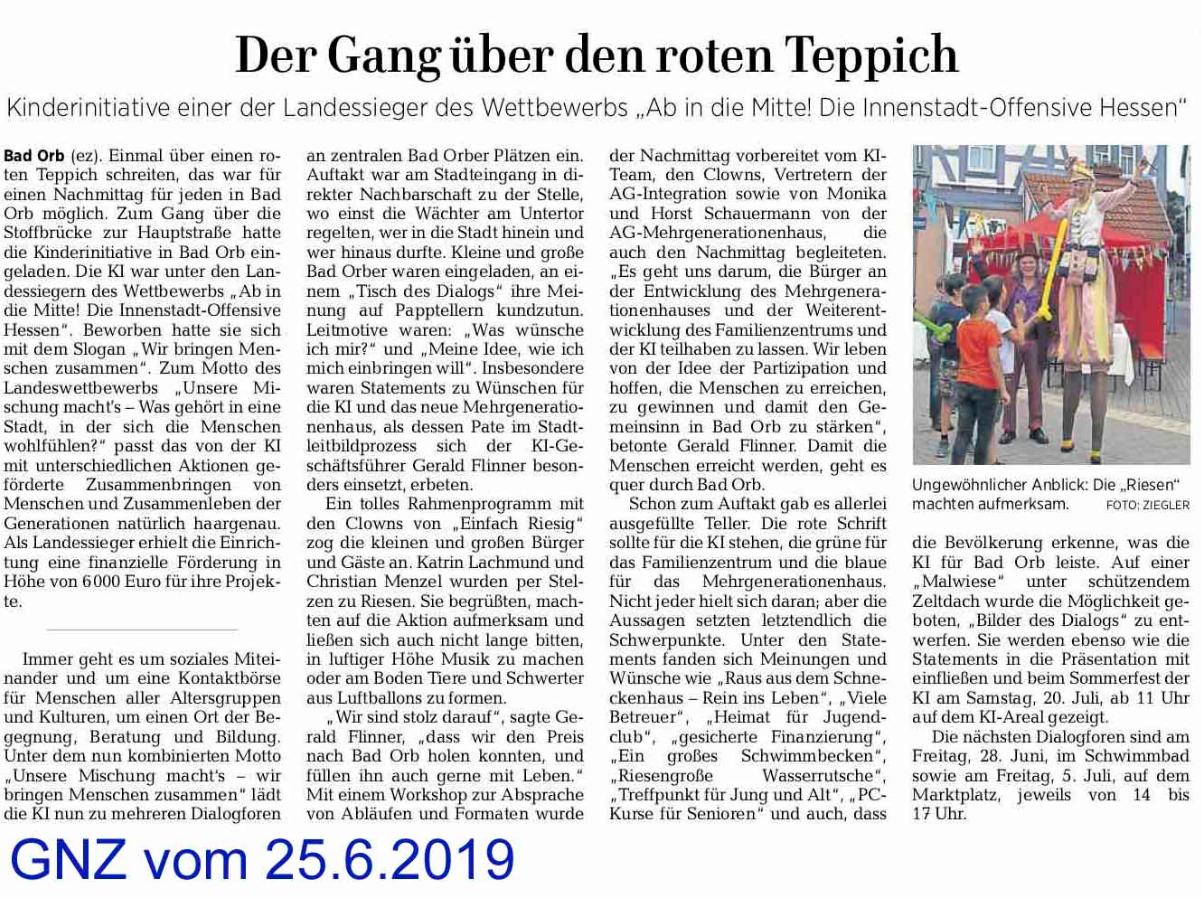 Der_Gang_über_den_roten_Teppich.png