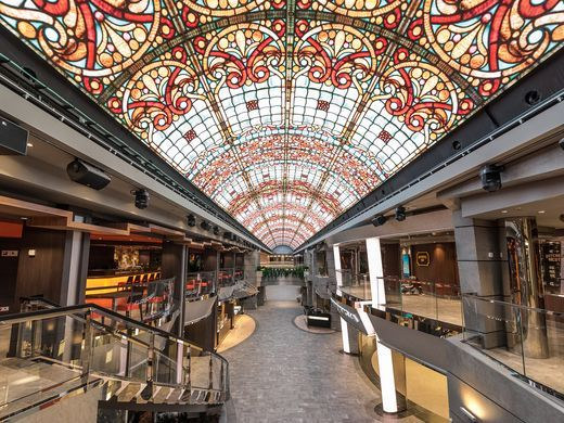 Meraviglia LED dome is ever changing
