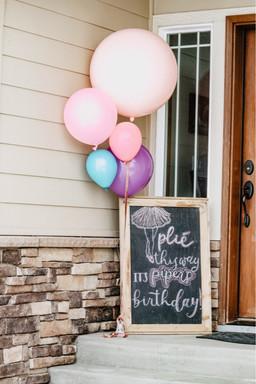 Jumbo Balloon + Chalkboard welcome sign