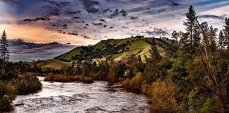 mountian river.jpg