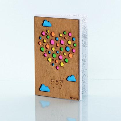 Деревянная открытка «Воздушный шарик»