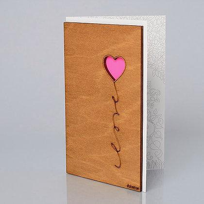"""Деревянная открытка """"Шарик-сердце"""""""