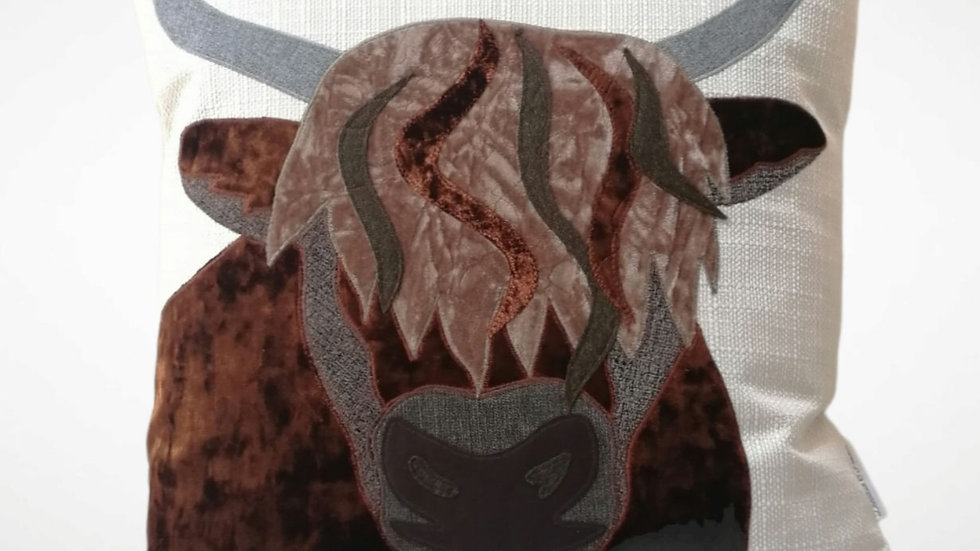 Highland Cow (Made to Order)