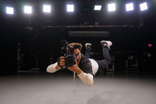 Dane studio C100 levitation.jpg