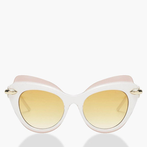 Retro White Cat Eye Winged Sunglasses