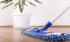 Domesti Cleaning of hardwood floor