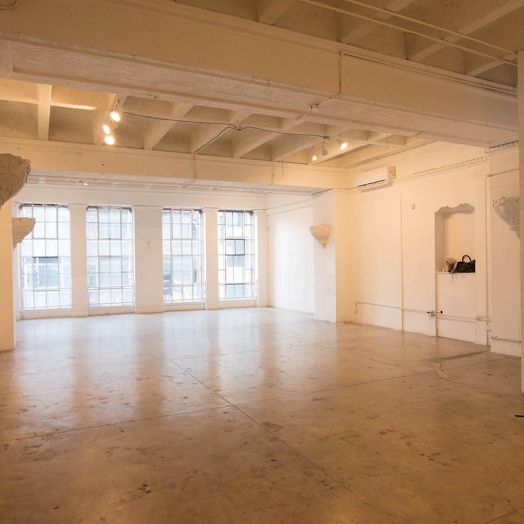 Skyline Grand Empty Studio