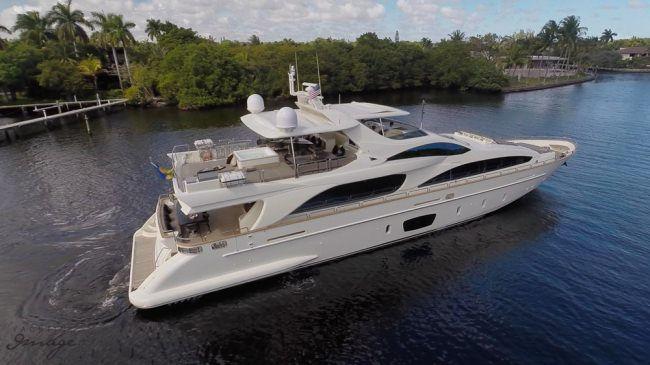 Yacht Charter Deposit Azimut 105