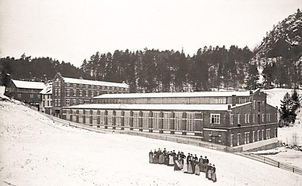 Høie Fabrikkers nye væveri, 1903