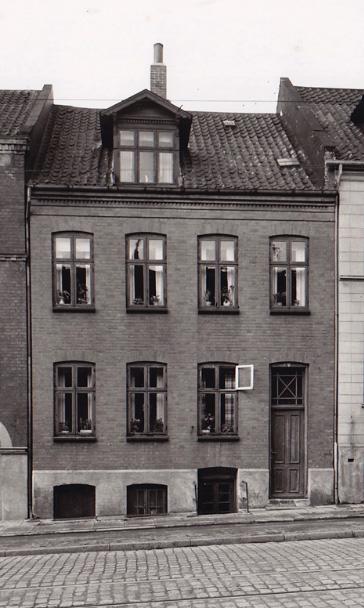 Bjarnes første barndomshjem på Skovvej i Århus