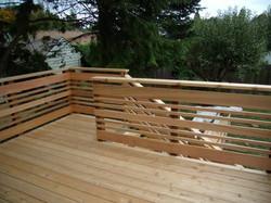 Horizontal Cedar Railing.jpg