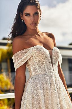ZAVANA+Couture+Wed22Jan202043779_R.jpg