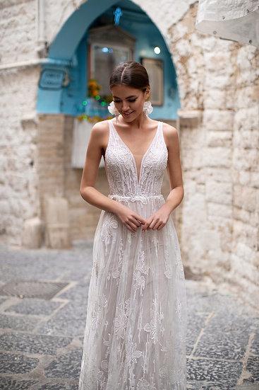 Nora Naviano Mira