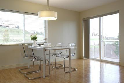 dining room with balcony door